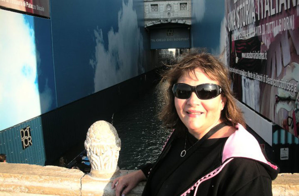 Julie---Venice---Bridge-of-Sighs